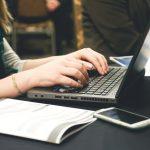 Hobi Menulis, Pekerjaan Ini Khusus Dibuat Untuk Anda